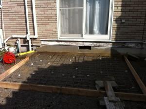 デッキ下のコンクリート準備