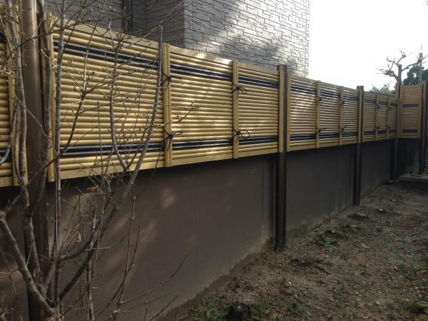 虎竹のラインがとってもきれいな竹垣工事 富山市1