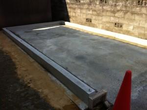 ガレージ基礎コンクリート打設