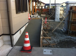 コンクリートスロープ打設