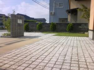 石畳のファサードでスタイリッシュに 富山市3
