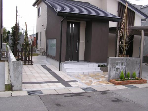 駐車場インターロッキング工事 富山市1