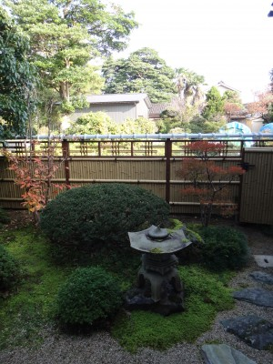 エバー15型のデザイン竹垣 エクステリア 富山2