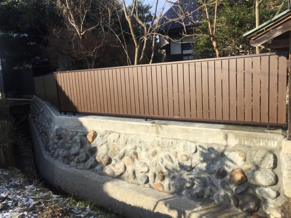 石垣を改修して和風板塀フェンス 7