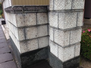 刷毛引きのラインがきれいなブロック塀へ5