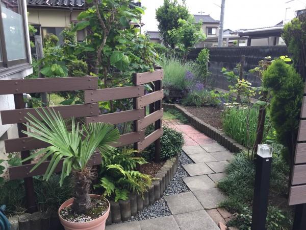 ガーデンフェンスとパーゴラ 富山市4