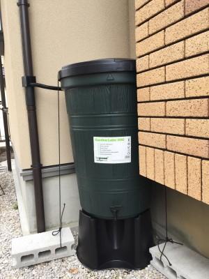 雨水タンクを配置してみました