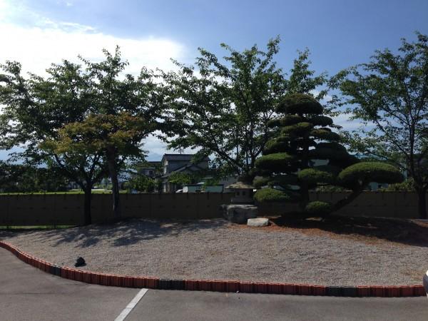 和の庭を演出する竹垣工事 富山市7