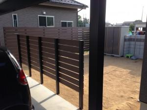プライベート庭空間を板塀フェンスやブロックを使って 富山市 6