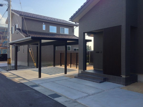 プライベート庭空間を板塀フェンスやブロックを使って 富山市 4