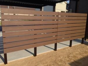 プライベート庭空間を板塀フェンスやブロックを使って 富山市 5