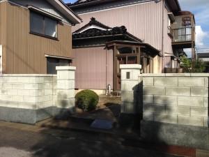 刷毛引きのラインがきれいなブロック塀へ8