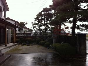 落ち着いた和風塀に 富山5