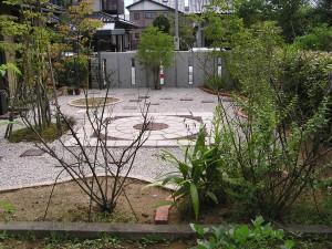 ピンコロ石とレンガ、そしてテラス工事 富山市6