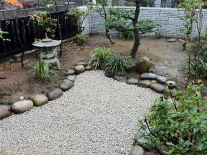 和風庭石積み