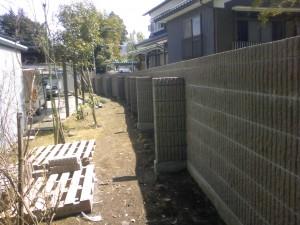 生垣撤去して化粧ブロック積み工事 立山町4