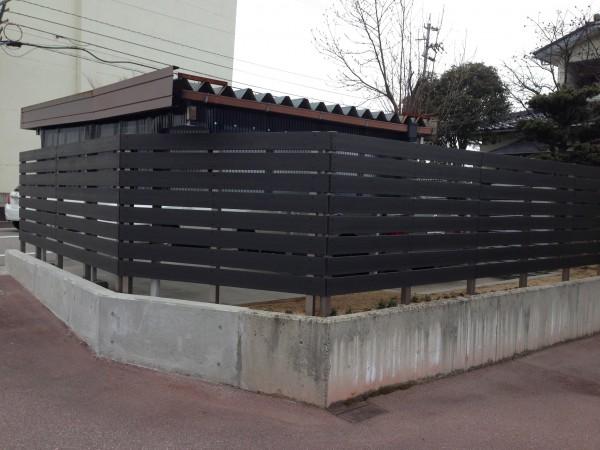 樹脂製の板塀フェンス  富山1