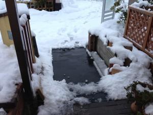 融雪マットの出番。
