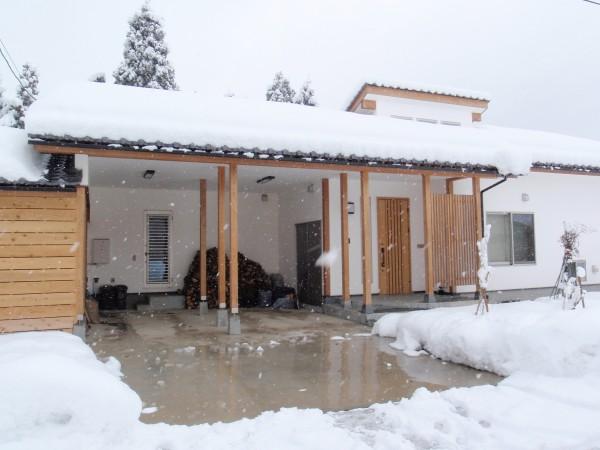 ロードヒーティングで雪の煩わしさを解消 富山市1