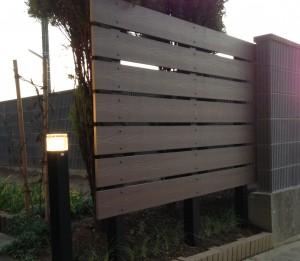 軽量樹脂の板塀フェンス