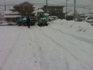 駐車場の雪搬出